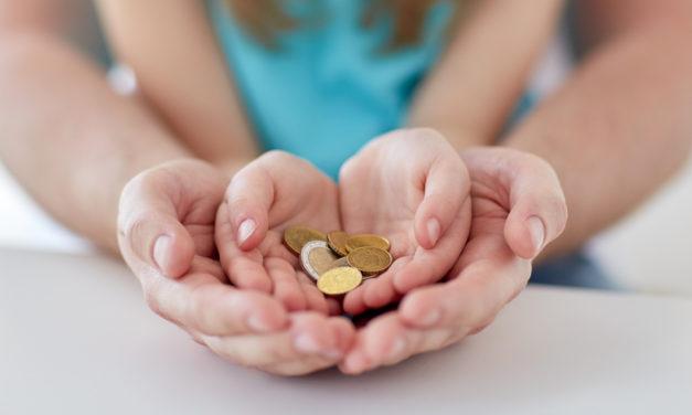 """""""Min investering"""" lærer børn og voksne om økonomi"""